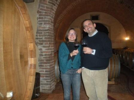 Luca Mittica e Elena Barabesi nella cantina della Fattoria del Colle di Trequanda