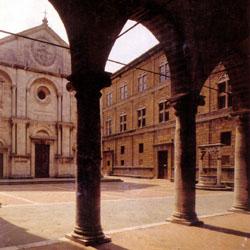 Pienza Piazza Pio II