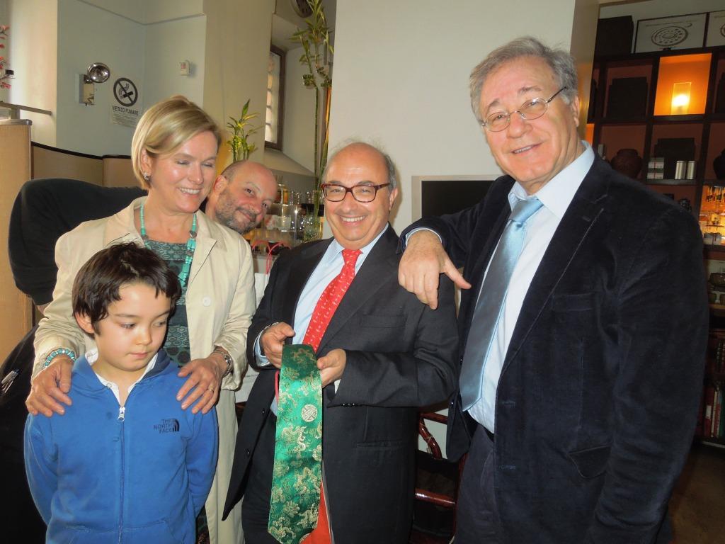Roma-Green T -Carlo riceve la cravatta con la doppia fortuna