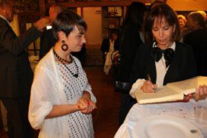 Violante con Fiammetta Fadda alla Fattoria del Colle per Premio Casato Prime Donne 2013