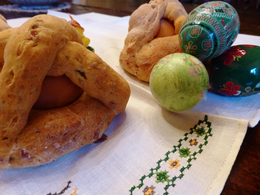 Pasqua nella campagna toscana, Brunello, Montalcino, vinoterapia, Fattoria del Colle; pic nic di Pasquetta
