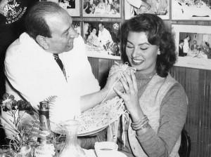 Alfredo di Lelio and Sofia Loren