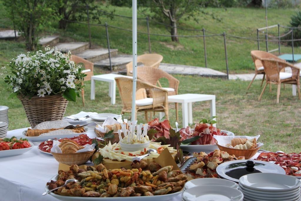 Matrimonio alla Fattoria del Colle aperitivo