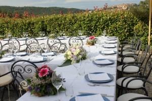 Wedding in Tuscany fattoria del Colle - lunch