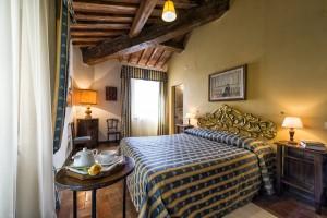 Villa Archi bedroom