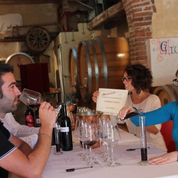 wine-tour-fattoria-del-colle