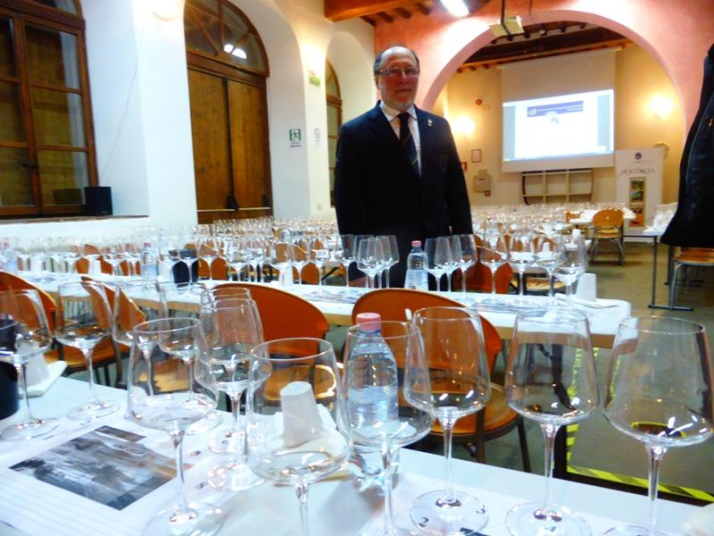 AIS-Arezzo-Massimo-Rossi-Degustazione-DOC-Orcia
