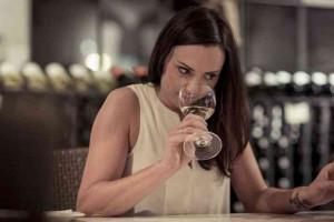 Women-and-wine