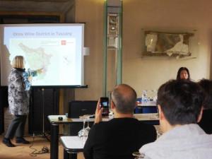 Donatella-Cinelli-Colombini-seminario-Orcia-per-buyer-esteri-BuyWine-2017