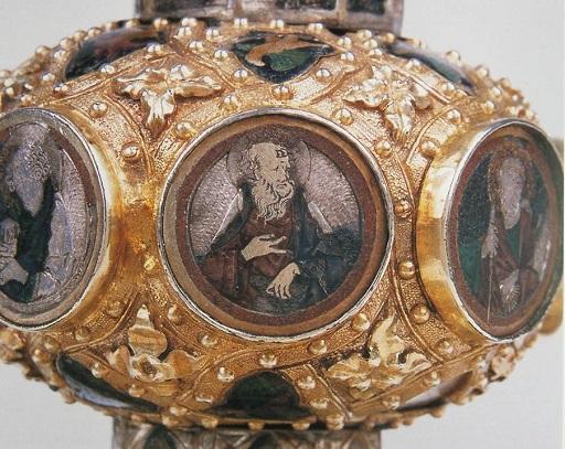 ricordi-di-una-storica-d'arte-mancata-Calice-di-Niccolò-IV