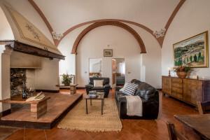 Fattoria-del-Colle-Country-inn-apartment