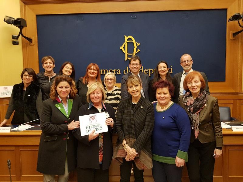 Donne-del-Vino-in-Parlamento