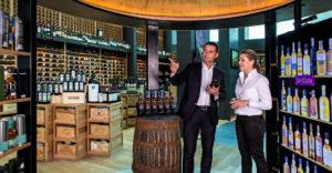 Le-Clos-Dubai-ha-venduto-il-whisky-più-caro-del-mondo