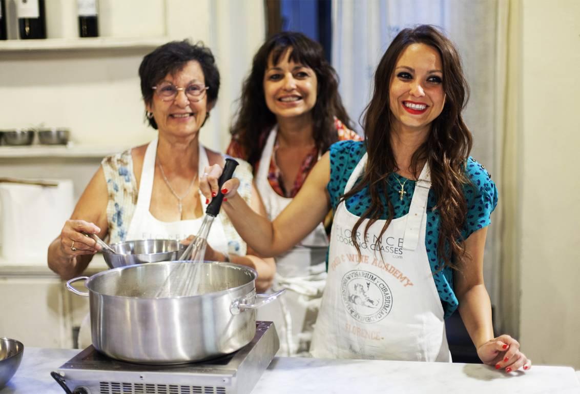 Viaggi esperienze-scuola-di-cucina-toscana-vincitore-2018-Traveller-Choice-Award