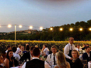Lighting-for summer-dinners-Fattoria-del-Colle