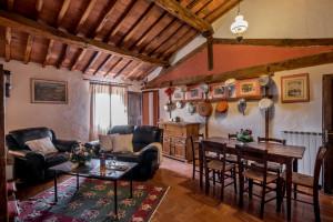 Fattoria-del-Colle-agriturismo-Toscana-per-turisti-viaggiatori