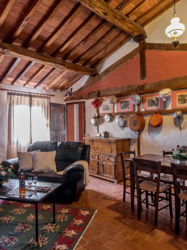 Agriturismo-Fattoria-del-Colle-Toscana